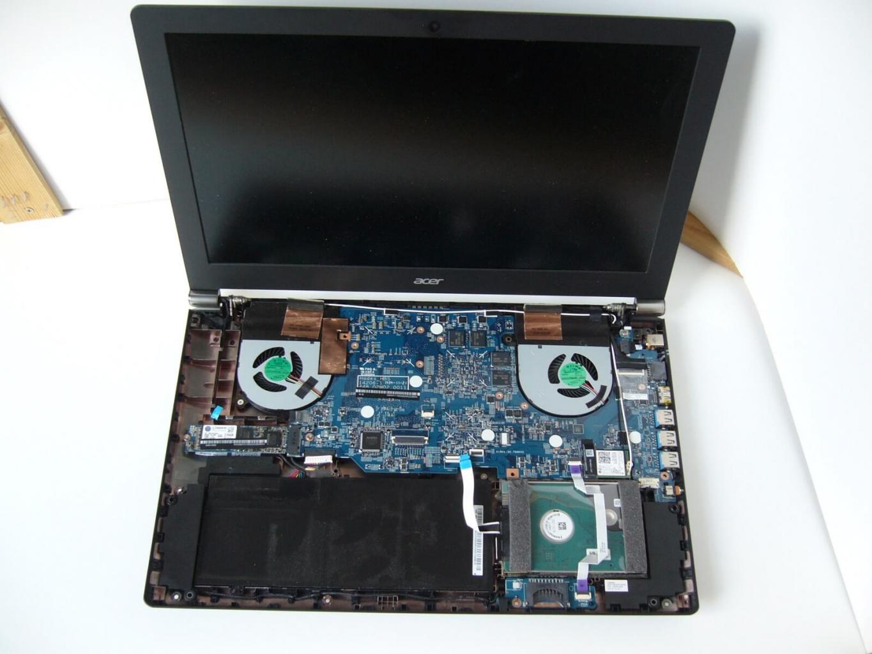 Acer Aspire Nitro VN7 572G zerlegen