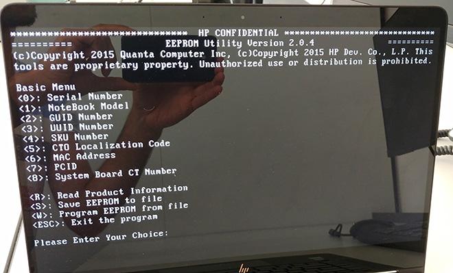Im BIOS müssen Serial Number, Notebook Model und SKU Number eingetragen werden.