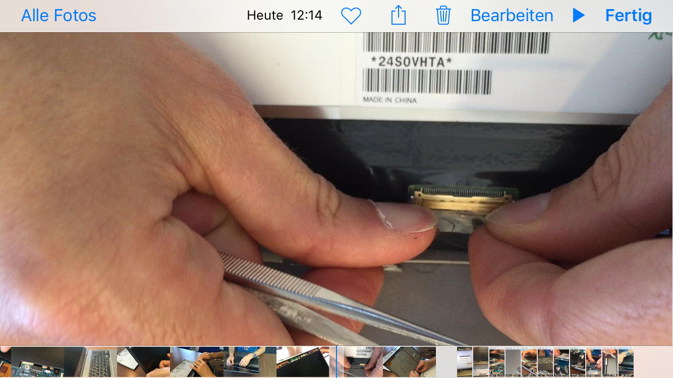 Toshiba Portege Z830 Displaystausch LCD Kabel entfernen