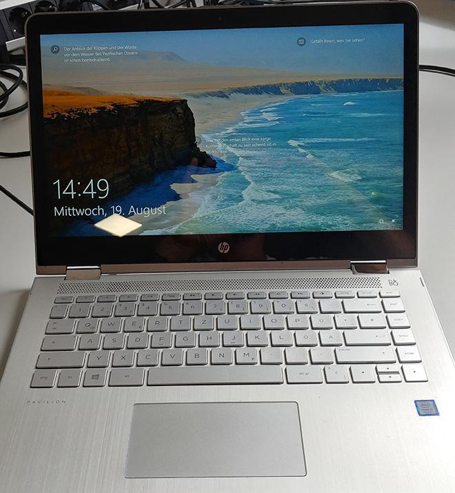 Damit war keine vernünfitge Online-Konferenz möglich: An diesem HP Pavilion war das Notebook Mikrofon defekt