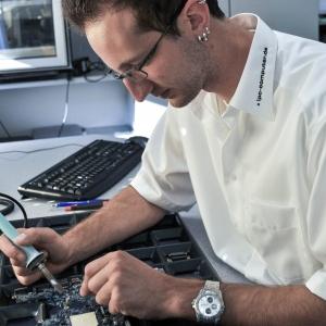 Notebook Reparatur Techniker
